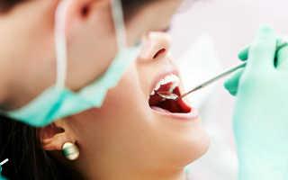 Временный зубной протез на передние зубы